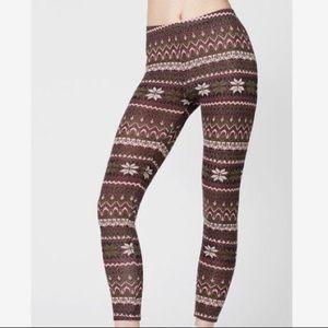 LA Hearts Fair Isle Sweater Leggings